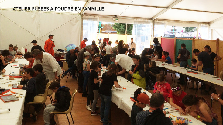 FHD_atelier_fusées_à_poudre.jpg