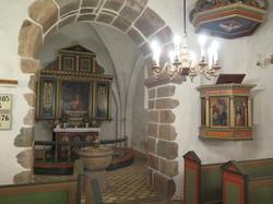 Prædikestol og altertave