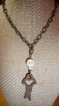 """Skeleton"" key necklace"