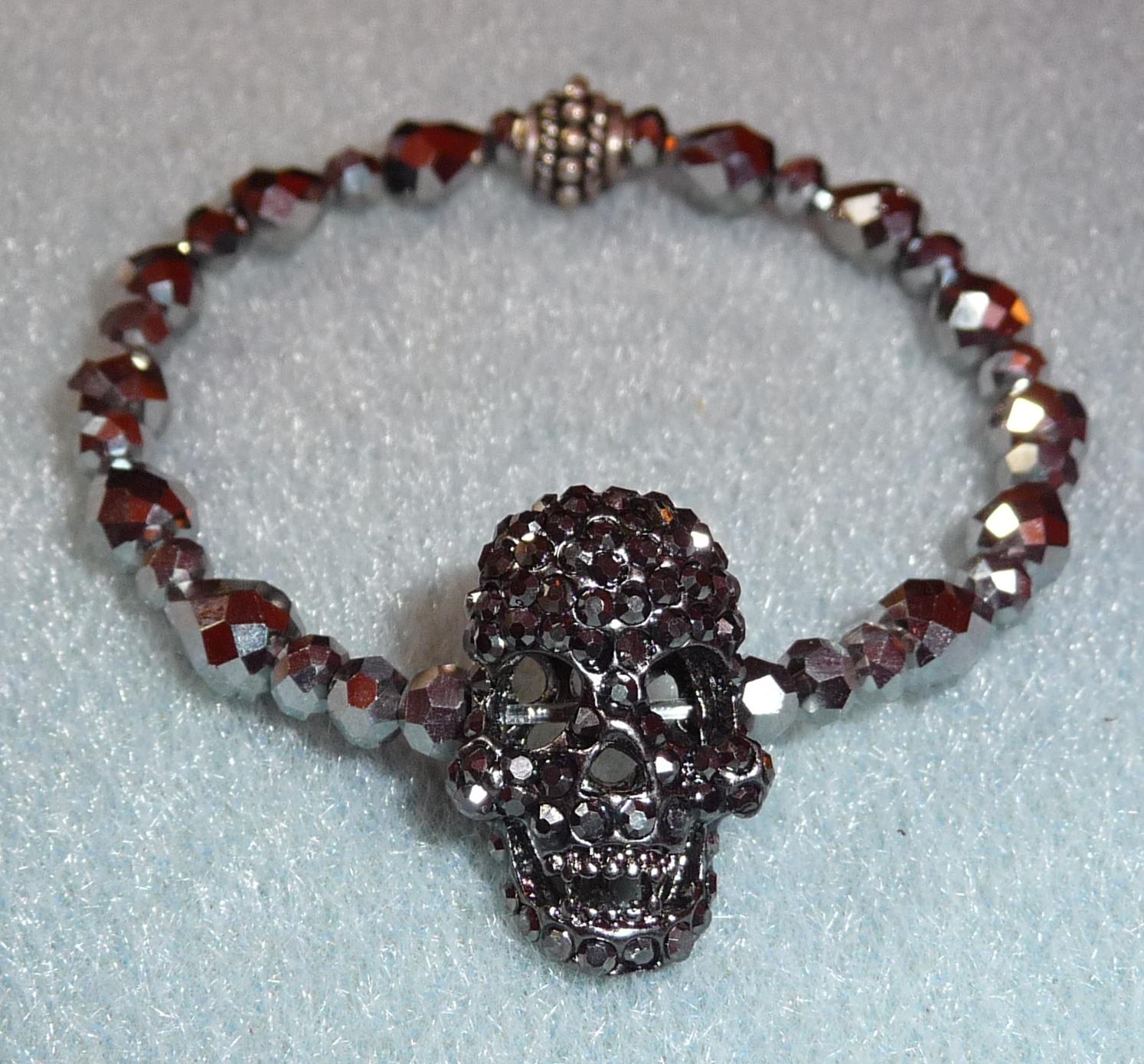 Fancy skull cocktail bracelet