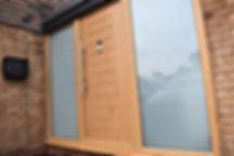 Oak doors, luxury doors, door combination, door and side panel, front entrance, victorian glass