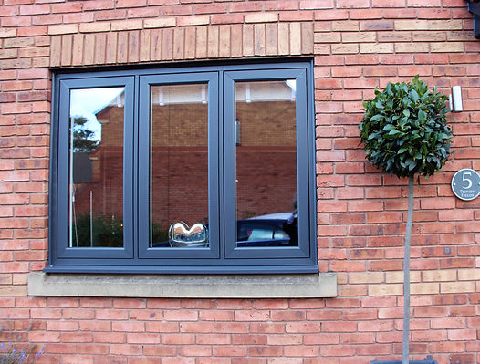 High Quality bespoke designs for uPVC windows and doors The West Midlands. Hagley, Blakedown, Kidderminster, Chaddsley Corbett, Belbroughton, Chaddsley corbett uPVC modern flush sash windows in Kidderminster. The residence collection new uPVC windows and doors Worcestershire,modern window upgrades kiddermister, Anthracite grey windows and doors, new modern upvc windows, hig quality window installers kidderminster, R7 installers kidderminster, flush sash window installers