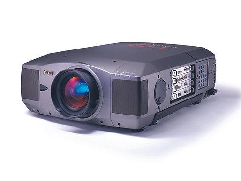 Projektor Eiki XT3 / Gebraucht zum Verkauf (exkl. MWST)