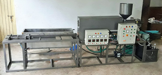 Plastic Extruder developed with SJEC