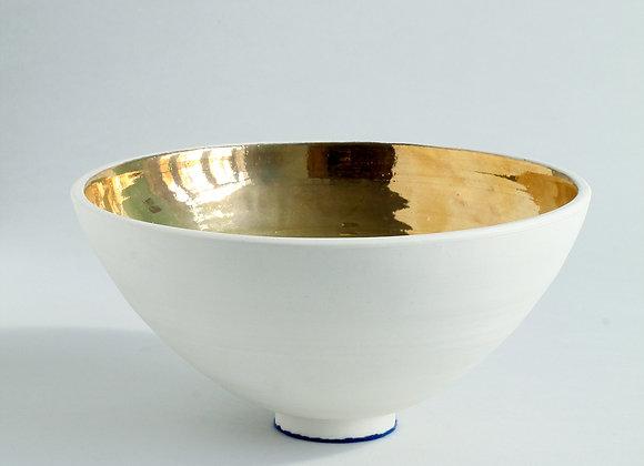 White Porcelain Bowl and Gold Lustre