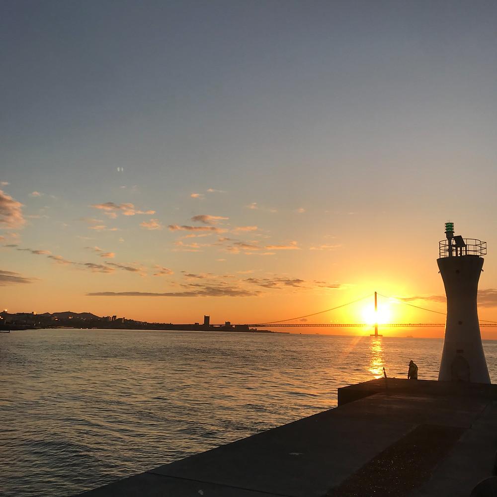 明石海峡大橋 初日の出