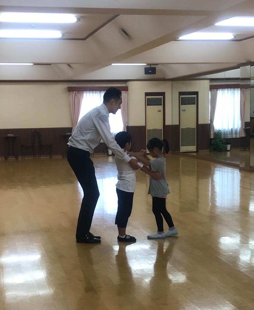 社交ダンス ダンス 大阪 エニー 子供 子ども 習い事