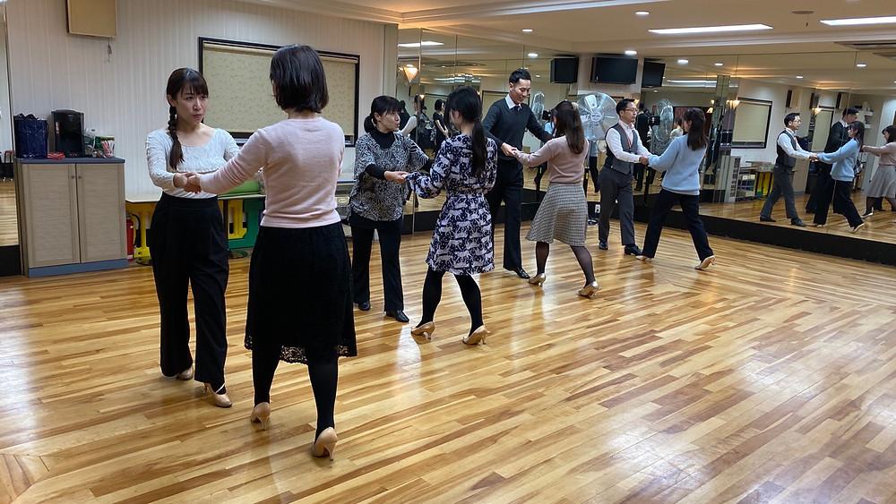 社交ダンス ダンス 大阪 エニー 趣味