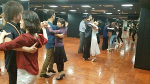社交ダンス 大阪 エニー