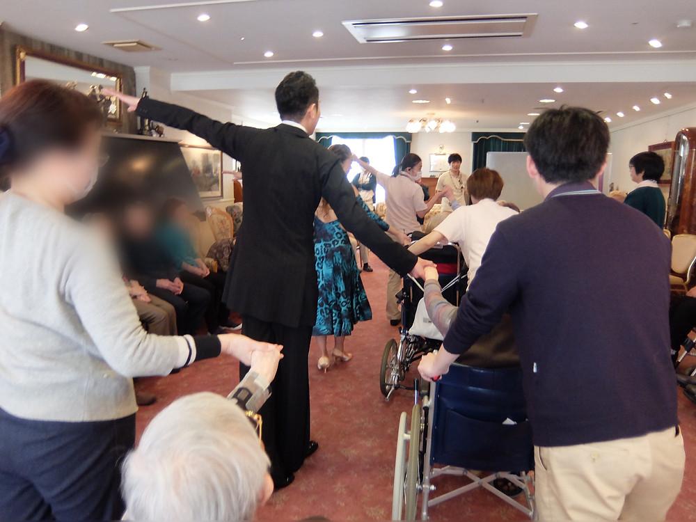 社交ダンス 大阪 エニー 車いすダンス
