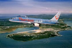Thomson Boeing 757 departing Corfu