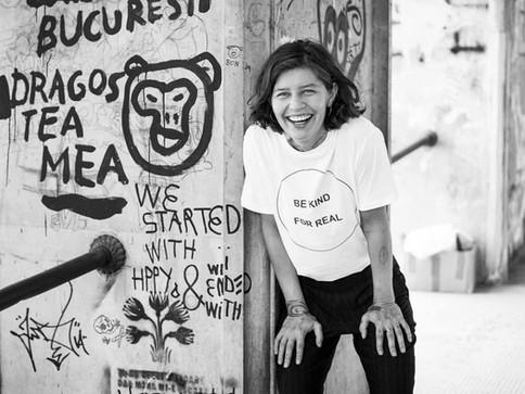 Daniela Groza / Romanian Women Voices in North America II