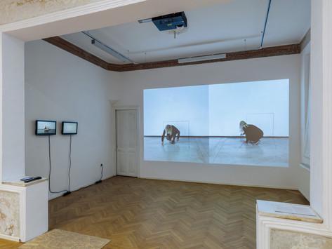 Contemporary Romanian Art Scene in 8 Gallery Tours | E2/8: ANCA POTERASU