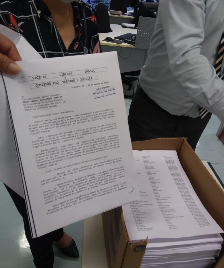 A Petição do Abaixo Assinado.