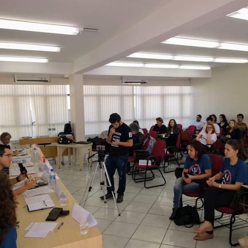 Foto debate plateia 3