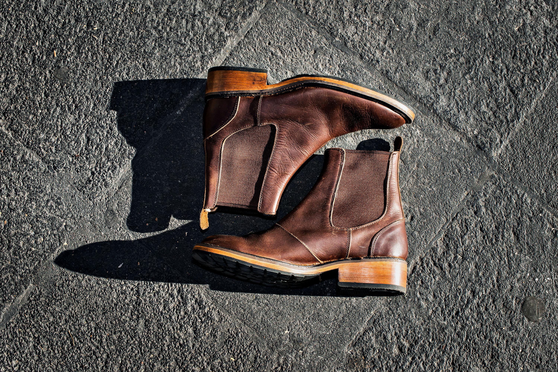 Adriana Rivera Torres, Zapato hombre