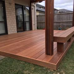 Kwila deck with seating.jpg
