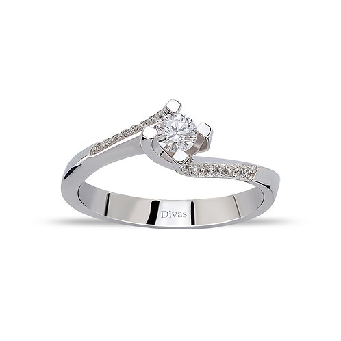 Twisted Diamond Solitaire Ring