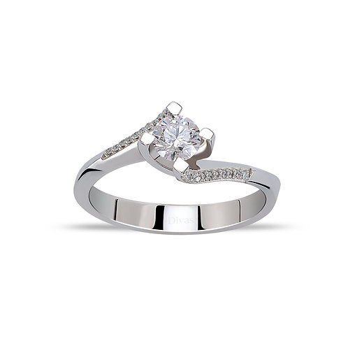 Gold Twisted Diamond Solitaire Ring