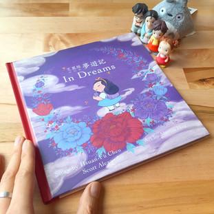 Mettā - Alice in Dreams Book