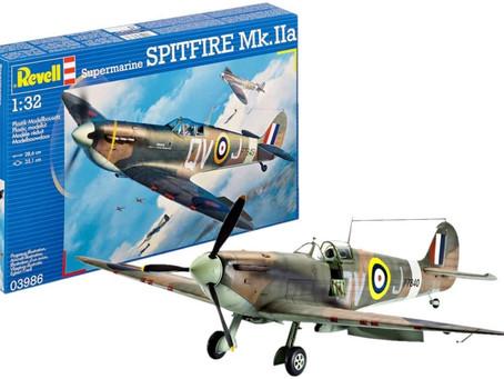 Revell 03986 Supermarine SPITFIRE Mk.IIa Model Kit