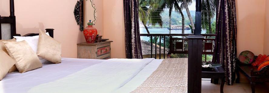 Riverside shakti retreat master bedroom.
