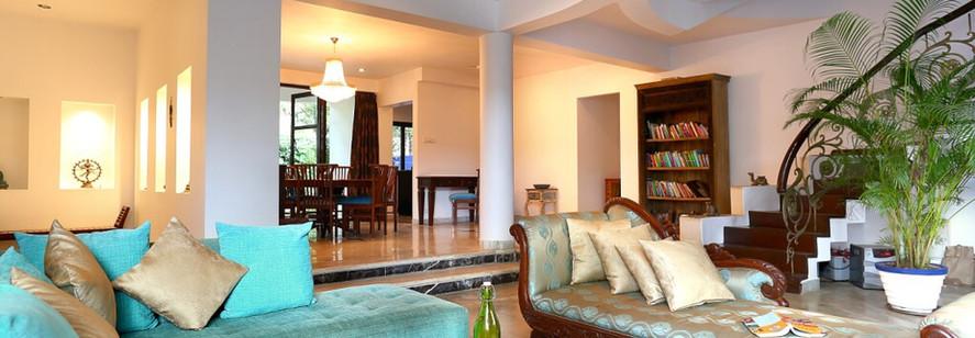 Riverside shakti retreat living room.JPG