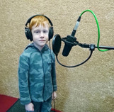 Денис на студии звукозаписи