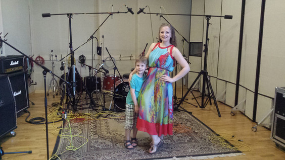 Запись вокала на студии