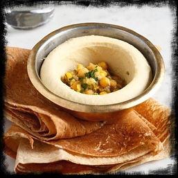vibrant-seafood-dish-at-la-clandestina-c
