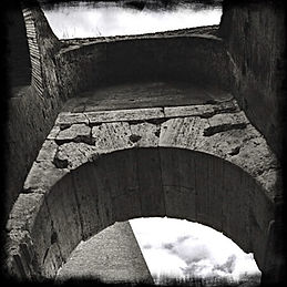 black-and-white-photo-of-the-colosseum-i