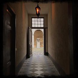 vlaaikensgang-alleyway-in-the-historic-centre-of-antwerp-belgium-(credit-F1FTY).JPG
