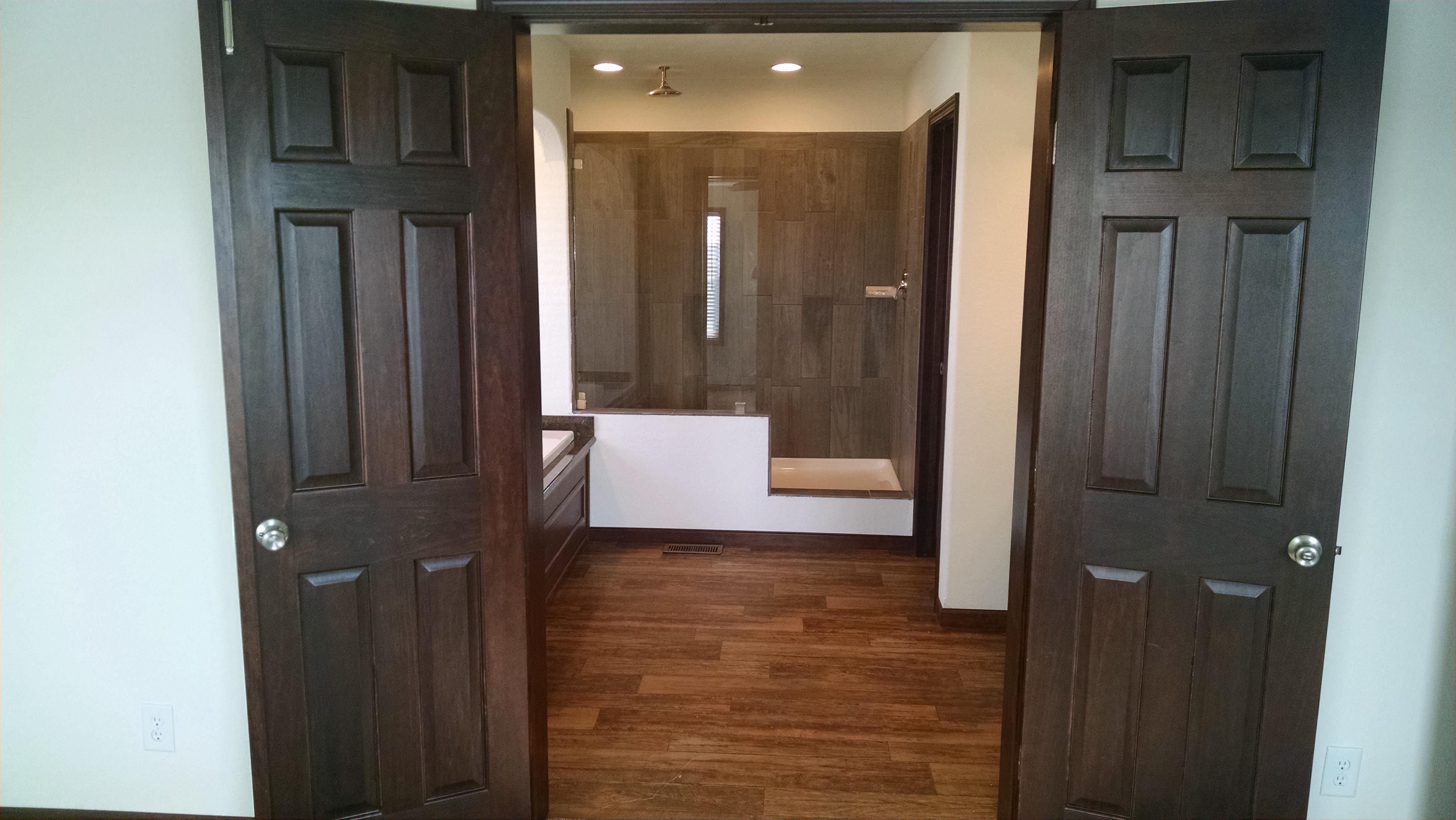 Bellevue_MBTH_Double Doors