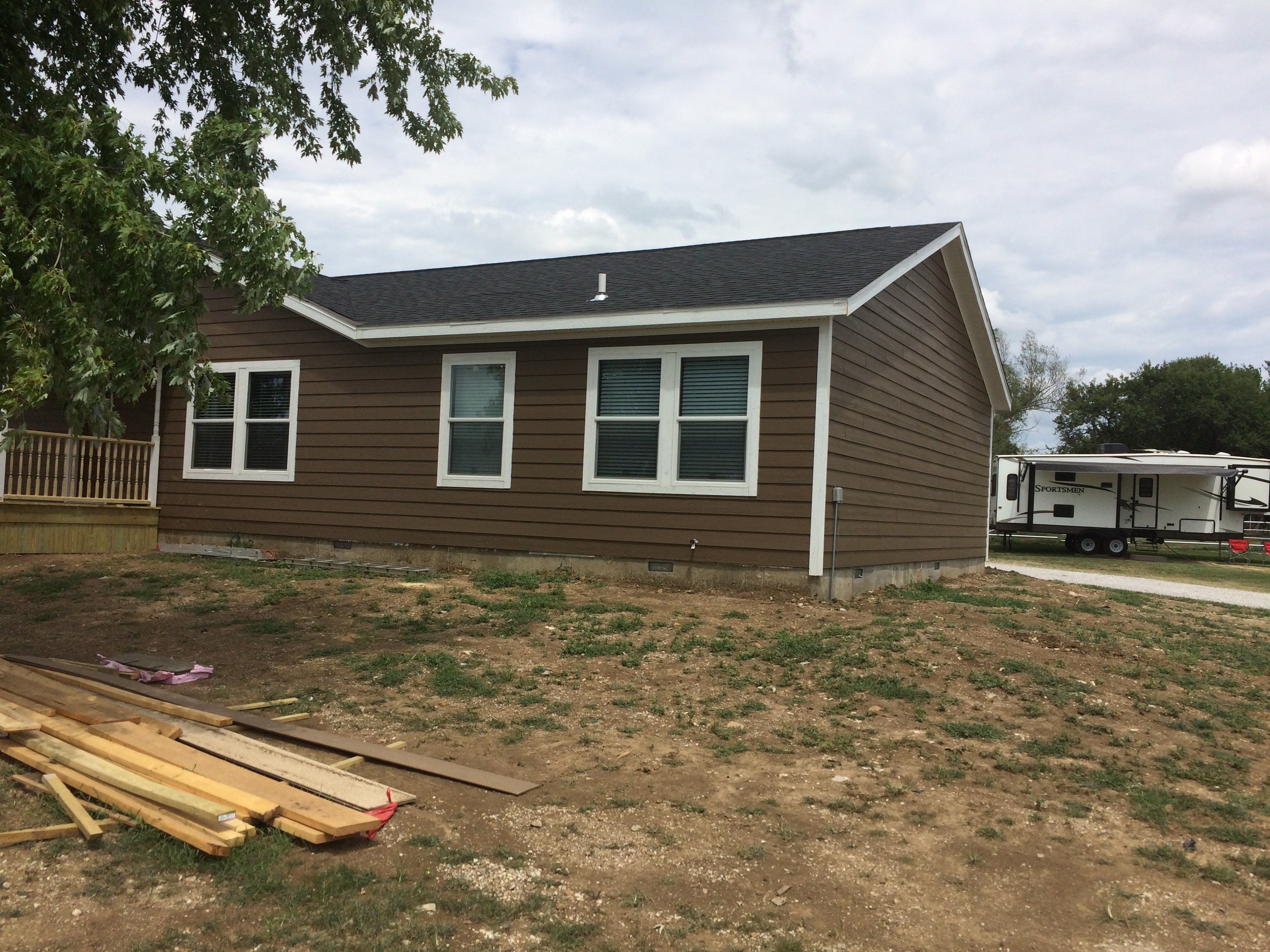 Smartlap siding and 5/12 roof