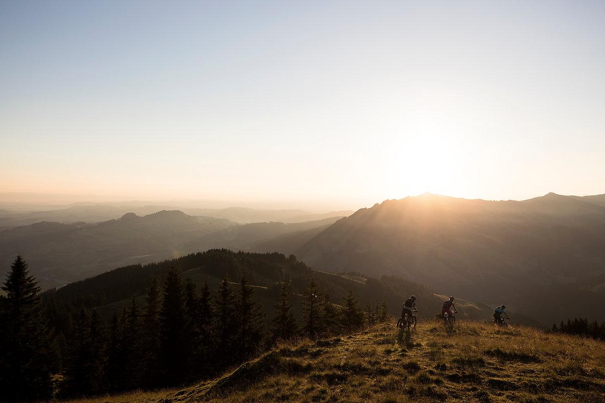 Bike Region Voralpen Morgenstimmung Biken.jpg