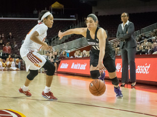 Kelsey Plum Moves To Second on All-Time Scoring List as Huskies Take Down USC, 87-74