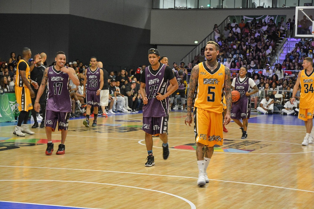 Chris Brown walks down the court during the Sprite Celebrity Basketball Game at the BET Experience on June 24, 2017 in Los Angeles.