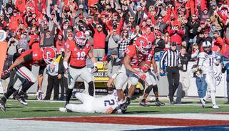 Bulldogs Pull Away From TCU in Liberty Bowl