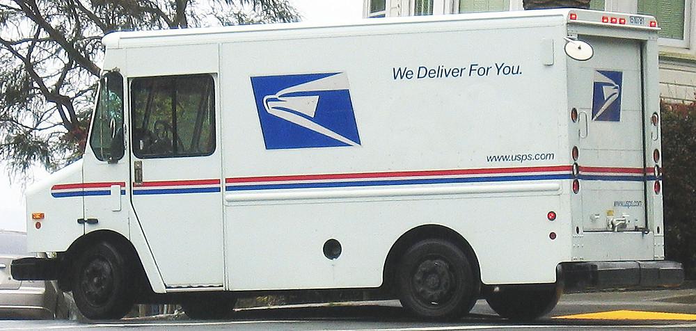 United_States_Postal_Service_Truck.jpg