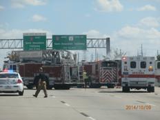 高速で交通事故!