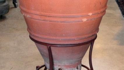 Italia Terra Cotta Garden Urn