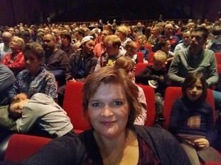 Gerdien Veldhoen in theater Harderwijk tijdens JubileumShow 2019