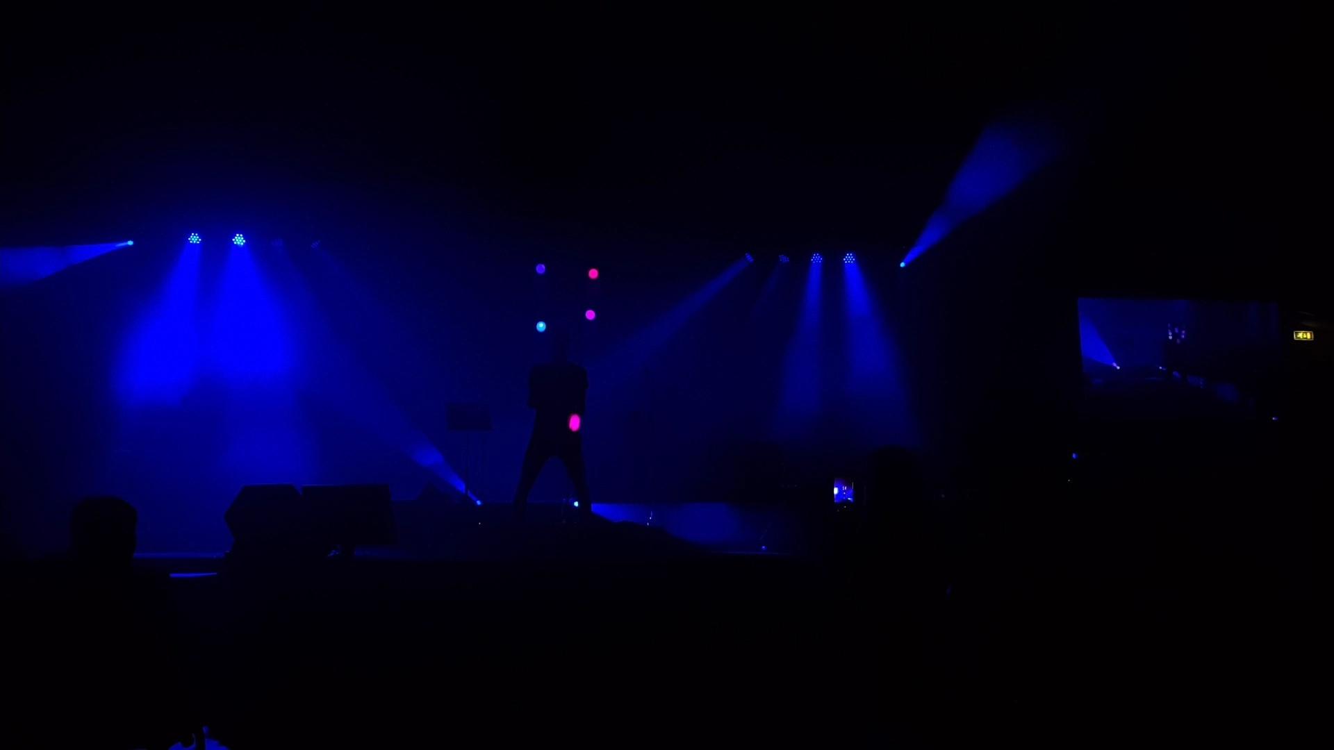 Light-act 1.0