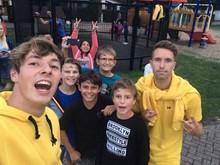 @naudb9 en vrienden met John en Bart tijdens ZomerTour 2019