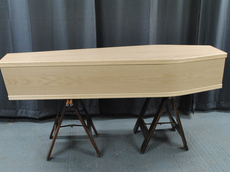 Light Flat Lid Coffin.