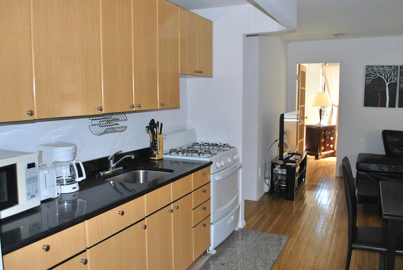 25-4BR Kitchen