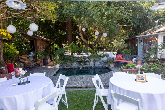 Another beautiful backyard reception.