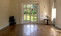 the-retreat-new-forest-south-room-2
