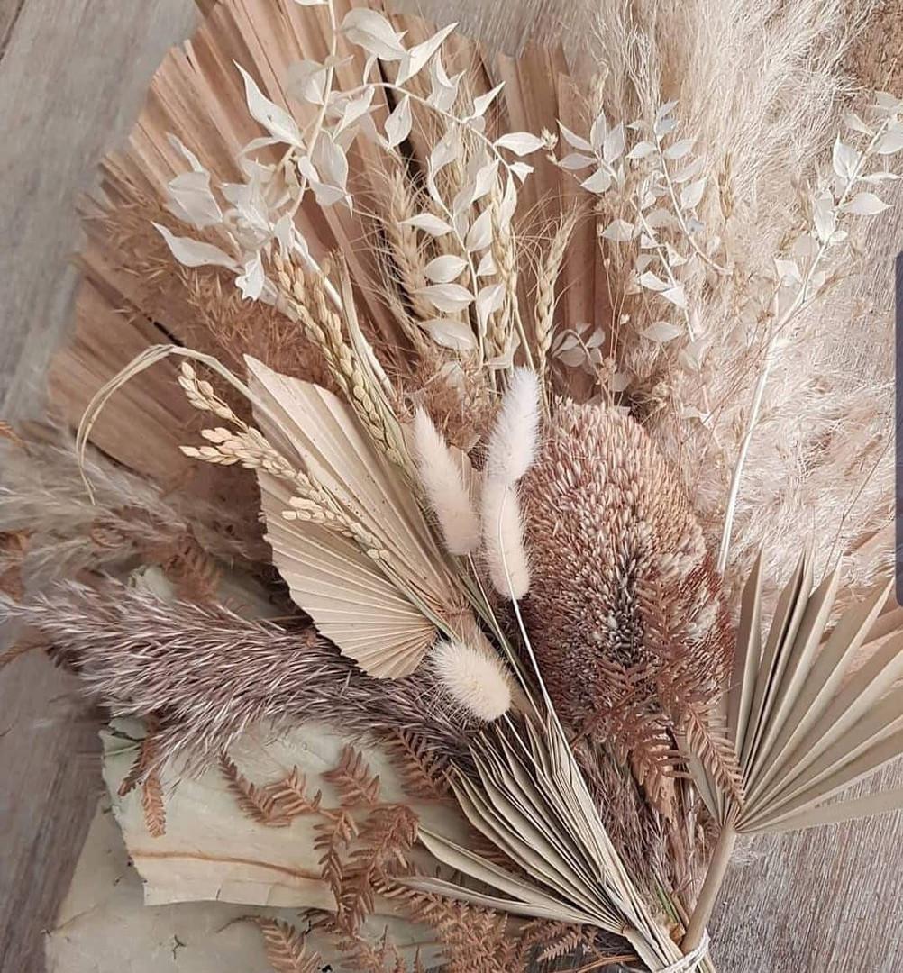 driedflowerbar.jpg