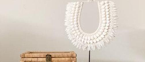 Iria Shell Necklace